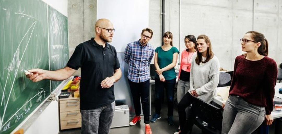 Forbes : Et si l'apprentissage était généralisé à toutes les filières ?